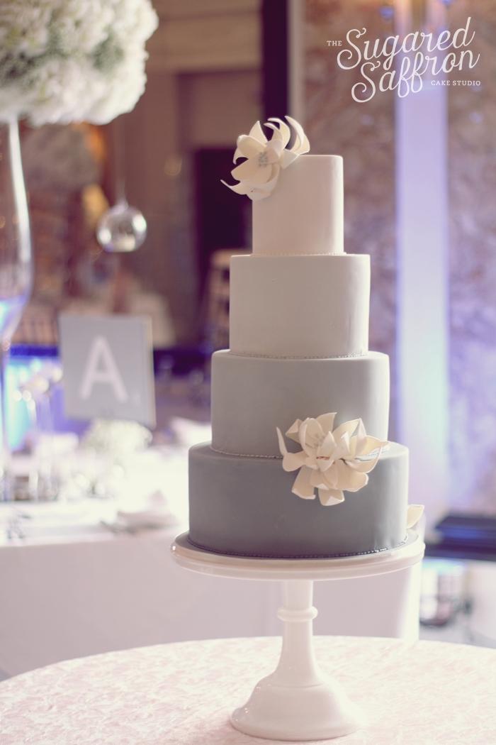 Hotel Russell wedding cake
