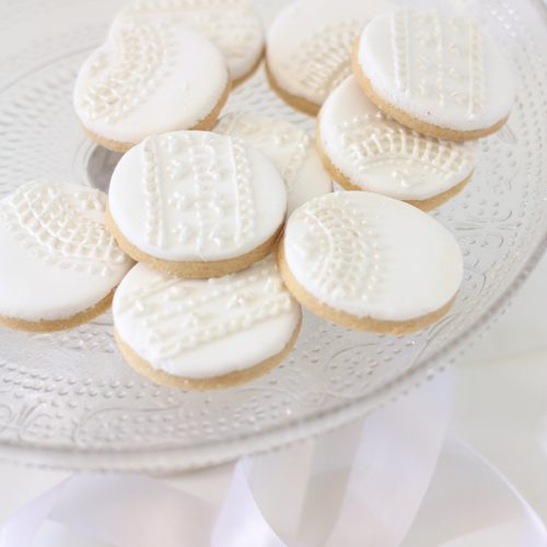 Lace style iced biscuits