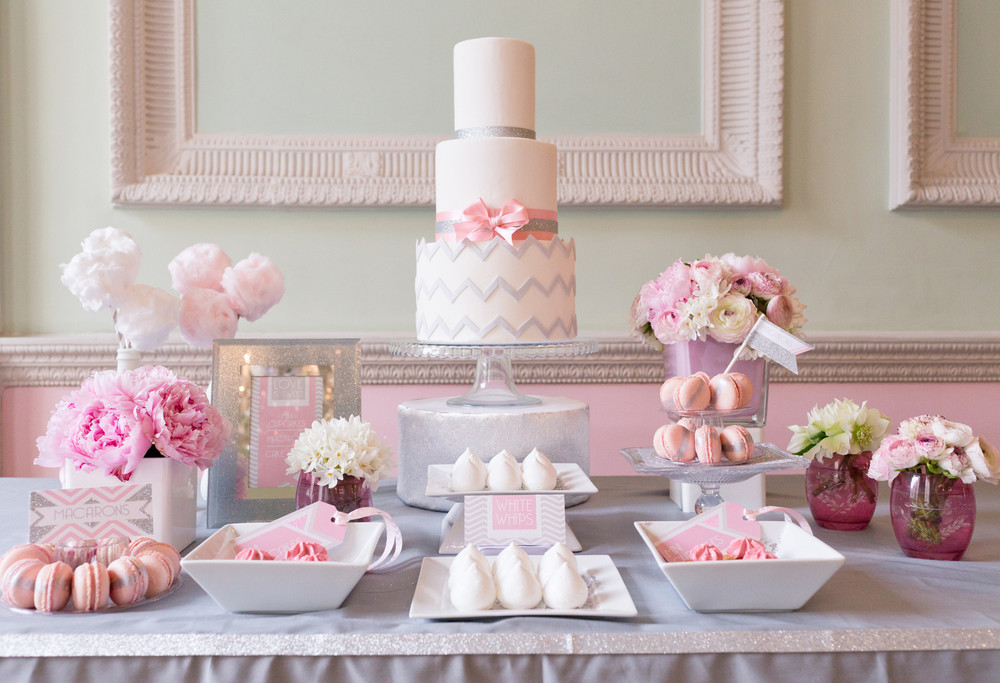 Chevron dessert table