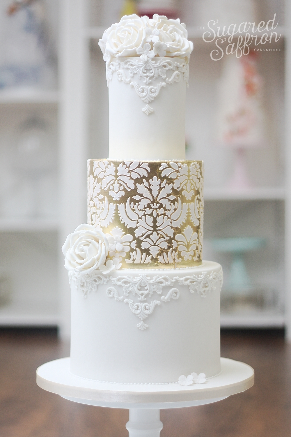 London wedding cake with damask