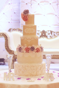 Shimmer luxury wedding cake london