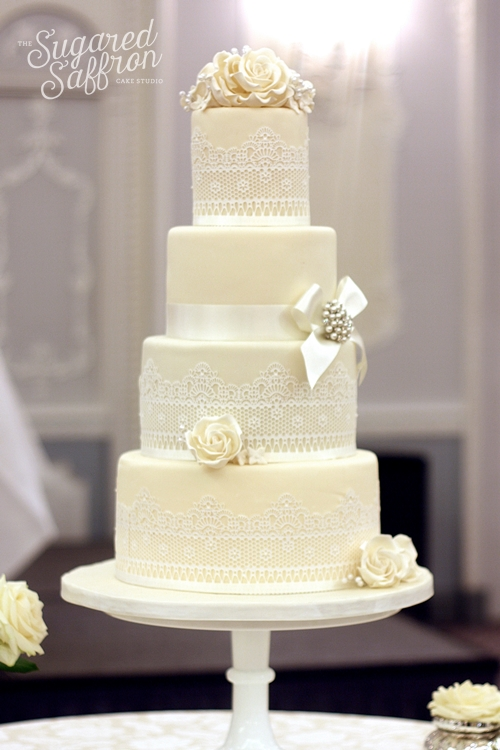 wedding cake at the dorchester london