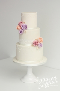 Vintage style wedding cake in London by sugared saffron