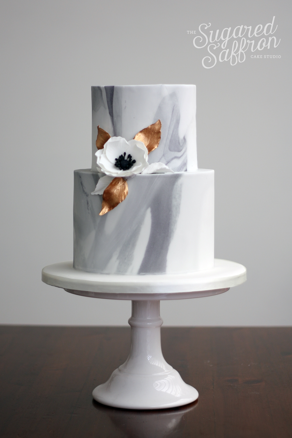 Marble style wedding cake by sugared saffron in london