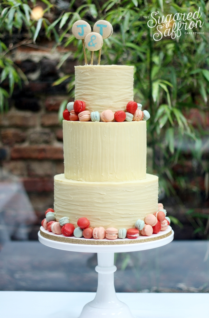macarons wedding cake mini macarons and white chocolate ganache wedding cakes 16969