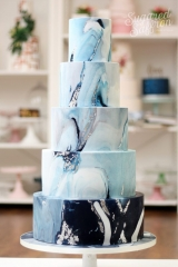 navy and light blue marble wedding cake
