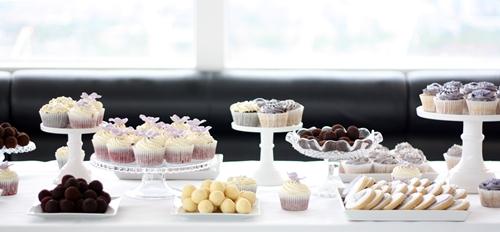 mini desserts wedding trend 2016