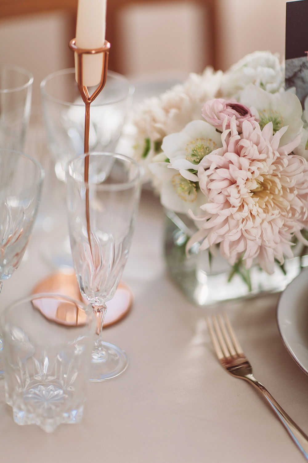 Marble, blush and modern wedding shoot